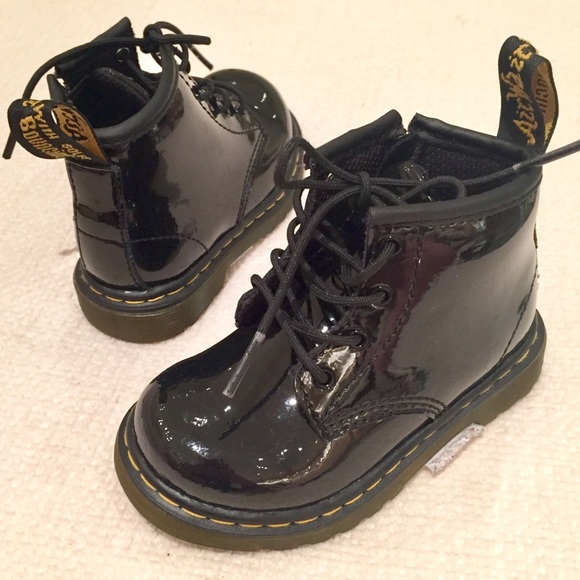 3fab9d6fea4b6 Dr. Martens Shoes | Nwob Dr Martens Brooklee B Black Toddler Boots 6 ...